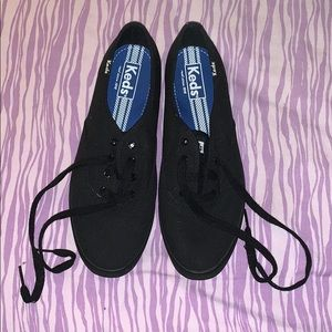 all black lace up keds